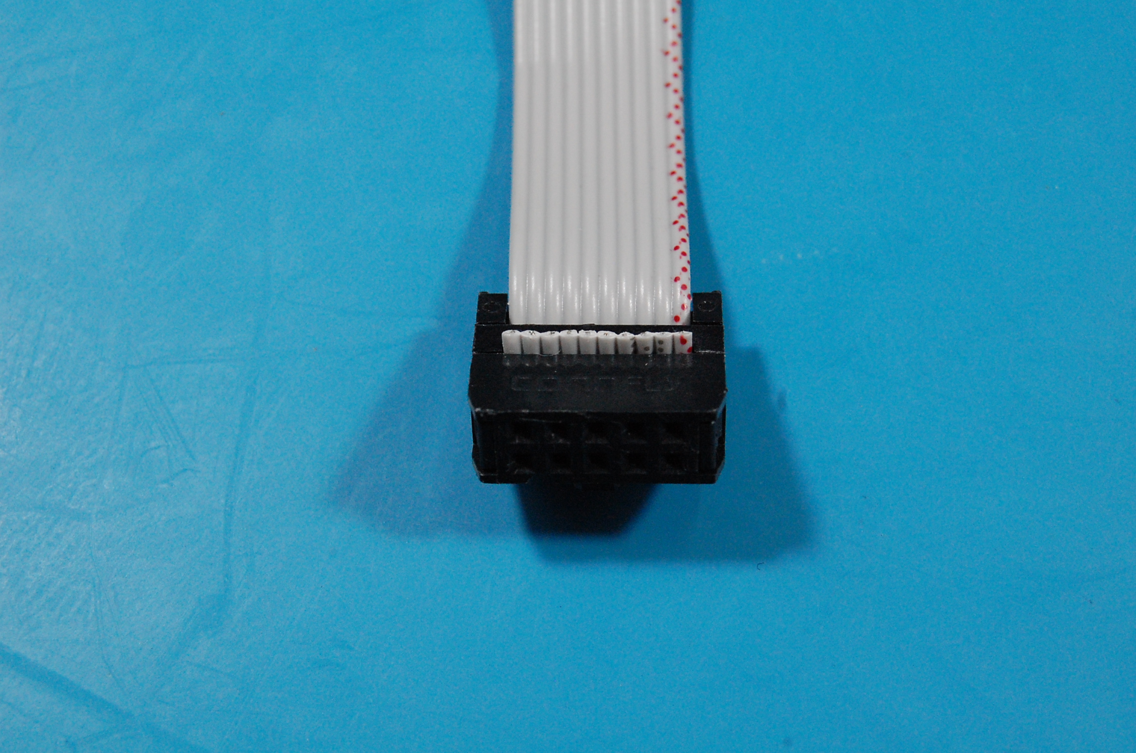 Crimped IDC connector - bottom view